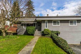 """Photo 1: 2105 CARMEN Place in Port Coquitlam: Mary Hill House for sale in """"MARY HILL"""" : MLS®# R2046927"""