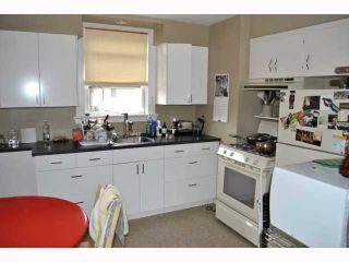 """Photo 3: 3522 WILLOW Street in Vancouver: Cambie House for sale in """"DOUGLAS PARK"""" (Vancouver West)  : MLS®# V816412"""