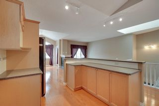 Photo 10: 212 SIMCOE Place SW in Calgary: Signal Hill Semi Detached for sale : MLS®# C4293353