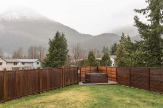 Photo 20: 39745 GOVERNMENT Road in Squamish: Northyards 1/2 Duplex for sale : MLS®# R2225663