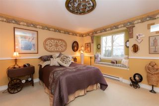 """Photo 10: 8 35287 OLD YALE Road in Abbotsford: Abbotsford East Townhouse for sale in """"The Falls"""" : MLS®# R2423306"""