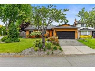 Photo 1: 16167 11B Avenue in Surrey: King George Corridor House for sale (South Surrey White Rock)  : MLS®# R2584194