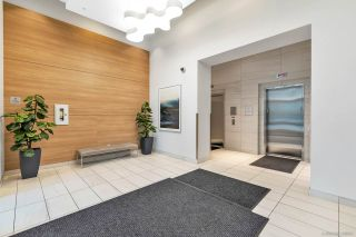 """Photo 4: 305 5470 ORMIDALE Street in Vancouver: Collingwood VE Condo for sale in """"WALL CENTRE CENTRAL PARK"""" (Vancouver East)  : MLS®# R2555276"""