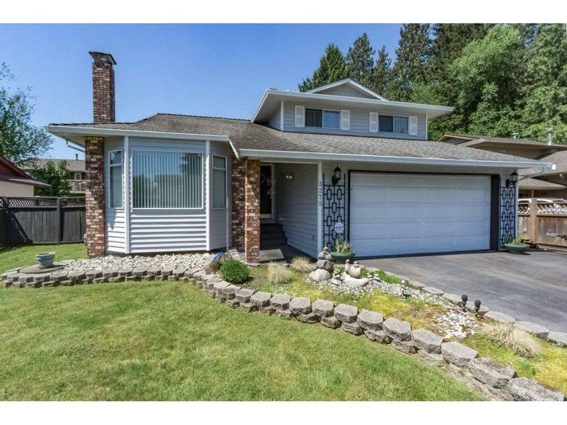 FEATURED LISTING: 3275 NEWBERRY Street Port Coquitlam