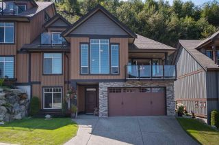 "Photo 1: 32 43540 ALAMEDA Drive in Chilliwack: Chilliwack Mountain Townhouse for sale in ""Retriever Ridge"" : MLS®# R2394431"