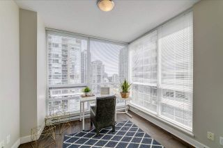 """Photo 16: 2207 2968 GLEN Drive in Coquitlam: North Coquitlam Condo for sale in """"Grand Central 2 by Intergulf"""" : MLS®# R2539858"""