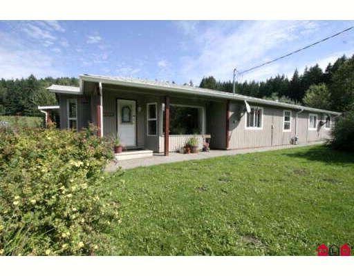 Main Photo: 49391 ELK VIEW Road in Sardis: Ryder Lake House for sale : MLS®# H2804404