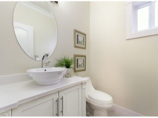 Photo 7: 858 LEE Street: White Rock House for sale (South Surrey White Rock)  : MLS®# F1427891