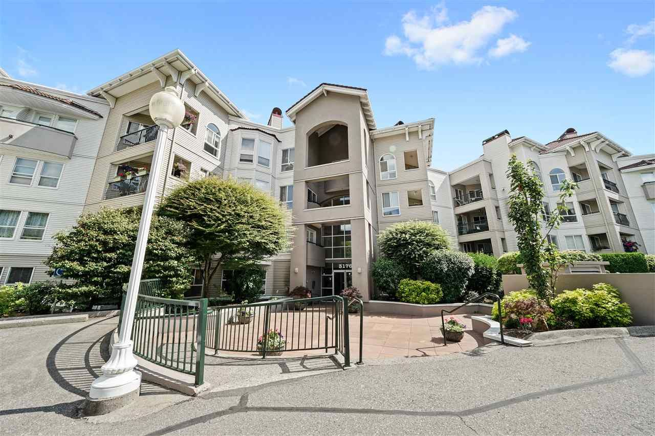 "Main Photo: 115 3176 GLADWIN Road in Abbotsford: Central Abbotsford Condo for sale in ""Regency Park"" : MLS®# R2478472"