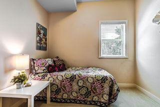 "Photo 9: 302 11935 BURNETT Street in Maple Ridge: East Central Condo for sale in ""KENSINGTON PLACE"" : MLS®# R2186960"