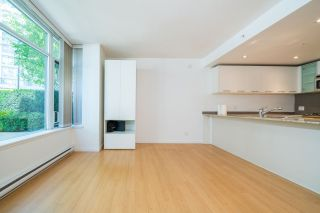 Photo 4: 1 3111 CORVETTE Way in Richmond: West Cambie Townhouse for sale : MLS®# R2576093