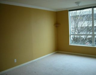 """Photo 7: 500 W 10TH Ave in Vancouver: Fairview VW Condo for sale in """"CAMBRIDGE COURT"""" (Vancouver West)  : MLS®# V625907"""