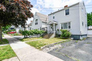Photo 1: 6472 London Street in Halifax: 4-Halifax West Residential for sale (Halifax-Dartmouth)  : MLS®# 202116830