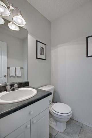Photo 11: 288 Dunvegan Road in Edmonton: Zone 01 House for sale : MLS®# E4256564