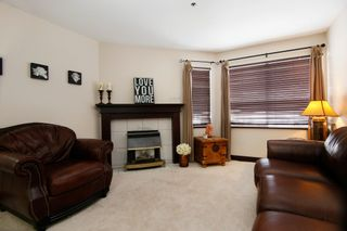 """Photo 3: 44 3087 IMMEL Street in Abbotsford: Central Abbotsford Townhouse for sale in """"Clayburn Estates"""" : MLS®# R2147621"""