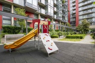 """Photo 23: 807 38 W 1ST Avenue in Vancouver: False Creek Condo for sale in """"THE ONE"""" (Vancouver West)  : MLS®# R2525858"""