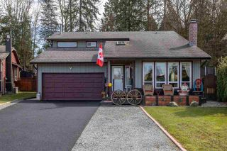Photo 1: 19650 50A AVENUE in Langley: Langley City House for sale : MLS®# R2449912