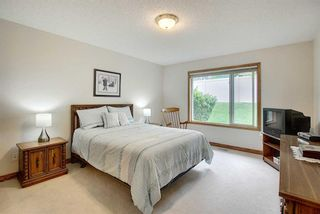 Photo 14: 13 Strathearn Gardens SW in Calgary: Strathcona Park Semi Detached for sale : MLS®# A1114770