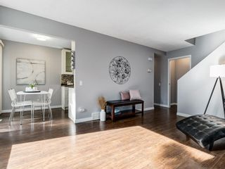 Photo 10: 16 5315 53 Avenue NW in Calgary: Varsity Row/Townhouse for sale : MLS®# A1041162