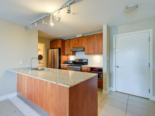 """Photo 6: 307 5955 IONA Drive in Vancouver: University VW Condo for sale in """"FOLIO"""" (Vancouver West)  : MLS®# R2569325"""