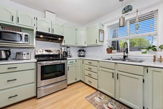 Photo 6: 1356 Ocean View Ave in : CV Comox (Town of) House for sale (Comox Valley)  : MLS®# 877200