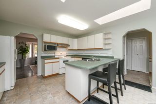 Photo 7: 151 Pritchard Rd in Comox: CV Comox (Town of) House for sale (Comox Valley)  : MLS®# 887795