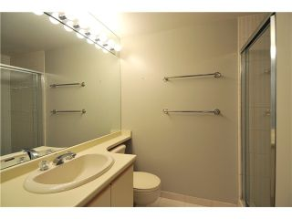 """Photo 7: 203 2020 HIGHBURY Street in Vancouver: Point Grey Condo for sale in """"HIGHBURY TOWERS"""" (Vancouver West)  : MLS®# V913658"""