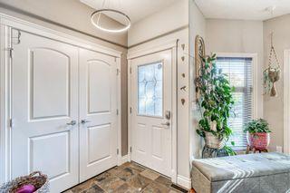 Photo 2: 624 13 Avenue NE in Calgary: Renfrew Semi Detached for sale : MLS®# A1146853