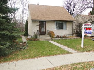 Photo 1: 685 Cambridge Street in WINNIPEG: River Heights / Tuxedo / Linden Woods Residential for sale (South Winnipeg)  : MLS®# 1222311