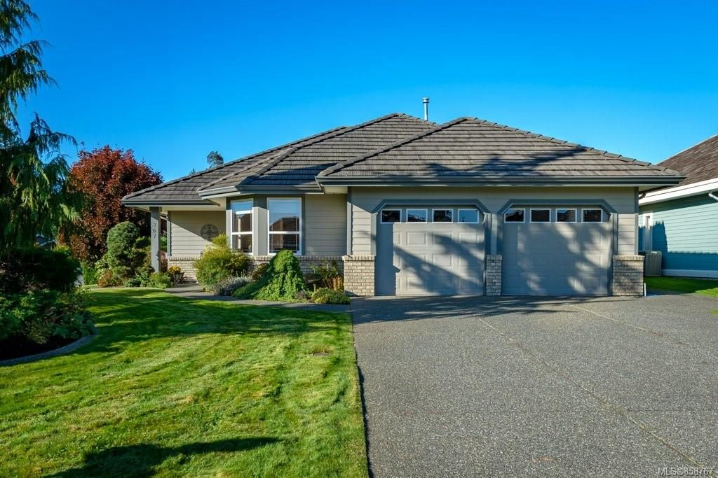 Main Photo: 797 Monarch Dr in : CV Crown Isle House for sale (Comox Valley)  : MLS®# 858767