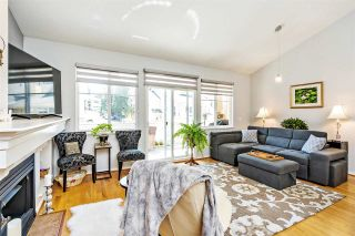 """Photo 2: 63 2588 152 Street in Surrey: King George Corridor Townhouse for sale in """"WOODGROVE"""" (South Surrey White Rock)  : MLS®# R2563876"""