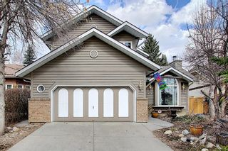 Main Photo: 824 Shawnee Drive SW in Calgary: Shawnee Slopes Detached for sale : MLS®# A1083825