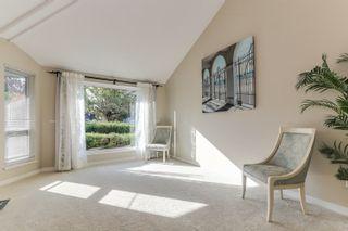 "Photo 2: 5399 BRIGANTINE Road in Delta: Neilsen Grove House for sale in ""MARINA GARDENS"" (Ladner)  : MLS®# R2401253"