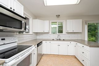 Photo 3: 2750 Northeast 30 Avenue in Salmon Arm: North Broadview House for sale (NE Salmon Arm)  : MLS®# 10168751