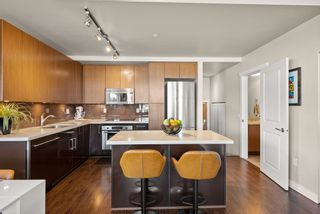 """Photo 10: 302 W 1ST Avenue in Vancouver: False Creek Townhouse for sale in """"FOUNDRY"""" (Vancouver West)  : MLS®# R2625350"""