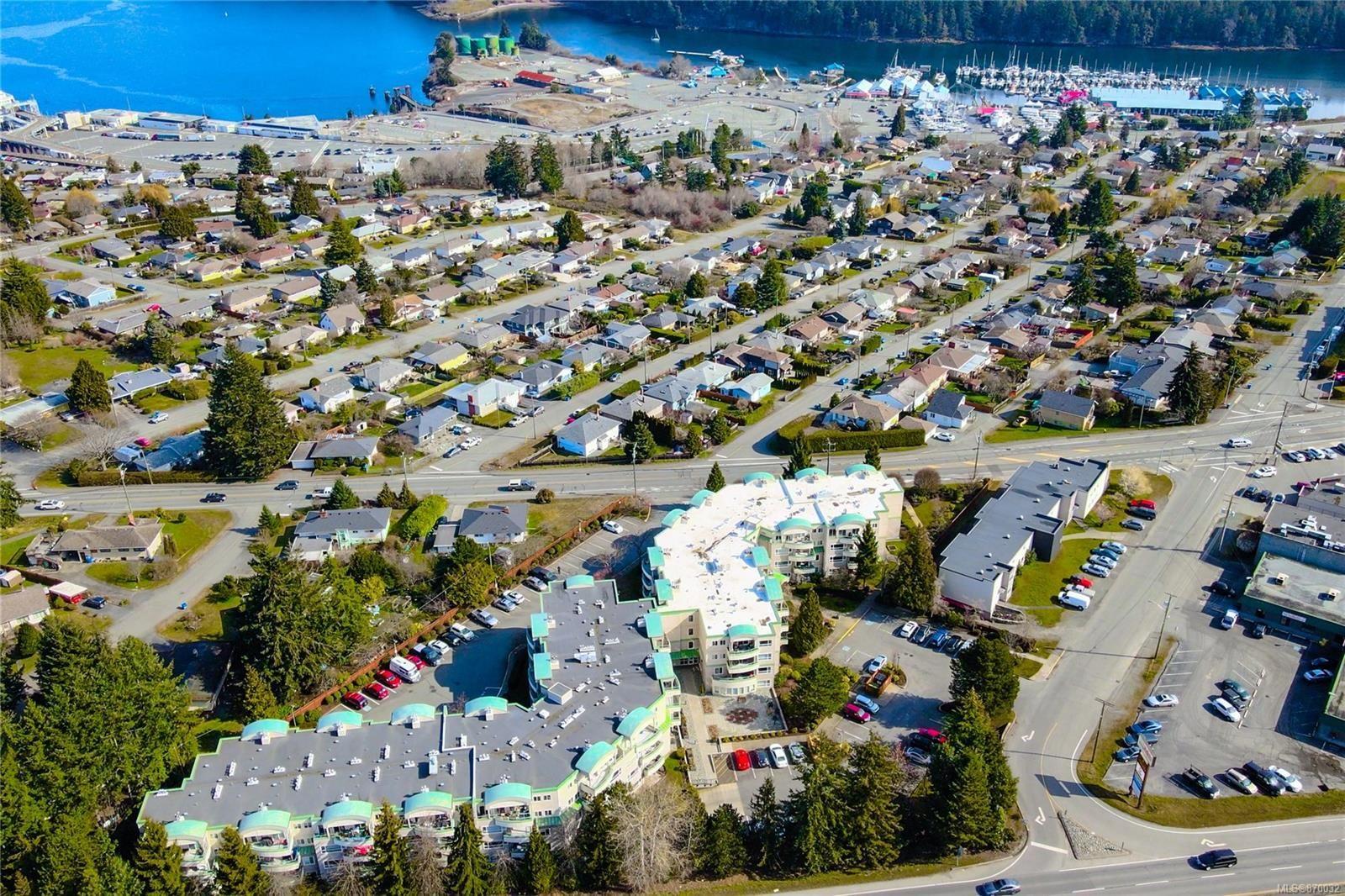 Main Photo: 310 1685 Estevan Rd in : Na Brechin Hill Condo for sale (Nanaimo)  : MLS®# 870032