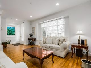 """Photo 3: 7806 HUDSON Street in Vancouver: Marpole House for sale in """"MARPOLE/SOUTH GRANVILLE"""" (Vancouver West)  : MLS®# R2028896"""
