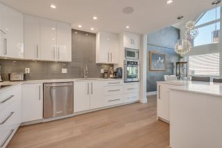 """Photo 10: 402 1220 QUAYSIDE Drive in New Westminster: Quay Condo for sale in """"Tiffany Shores"""" : MLS®# R2334252"""