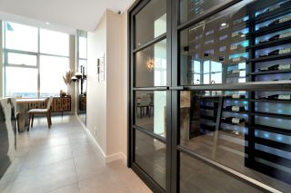 "Photo 10: 5006 777 RICHARDS Street in Vancouver: Downtown VW Condo for sale in ""Telus Gardens"" (Vancouver West)  : MLS®# R2532490"