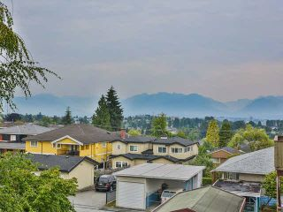Photo 11: 5327 HALLEY Avenue in Burnaby: Central Park BS 1/2 Duplex for sale (Burnaby South)  : MLS®# V1093560