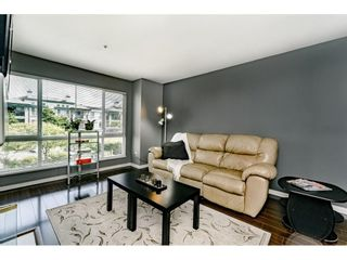 Photo 4: 214 19528 FRASER HIGHWAY in Surrey: Cloverdale BC Condo for sale (Cloverdale)  : MLS®# R2397037