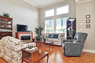 "Photo 2: 403 5430 201 Street in Langley: Langley City Condo for sale in ""SONNET"" : MLS®# R2479935"