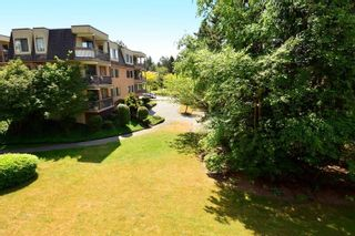 """Photo 13: 206 1740 SOUTHMERE Crescent in Surrey: Sunnyside Park Surrey Condo for sale in """"Spinnaker"""" (South Surrey White Rock)  : MLS®# R2072461"""