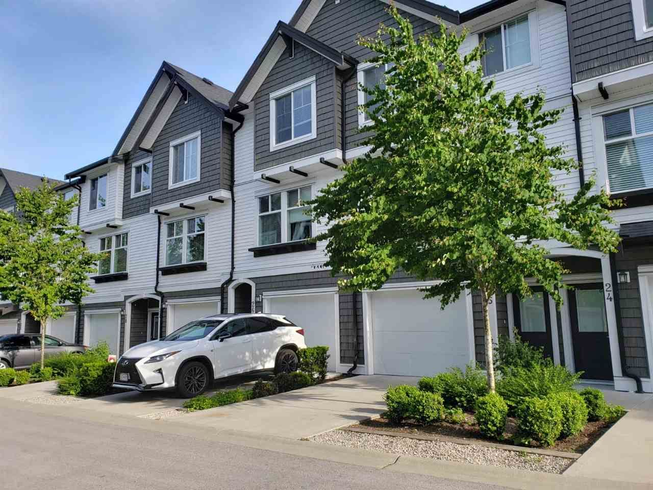 "Main Photo: 26 14271 60 Avenue in Surrey: Sullivan Station Townhouse for sale in ""BLACKBERRY WALK"" : MLS®# R2455465"