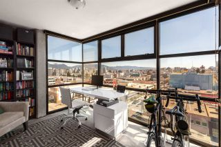 """Main Photo: 711 428 W 8TH Avenue in Vancouver: Mount Pleasant VW Condo for sale in """"XL Lofts"""" (Vancouver West)  : MLS®# R2567982"""