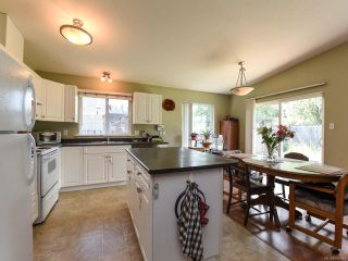 Photo 13: 3301 8TH STREET in CUMBERLAND: CV Cumberland House for sale (Comox Valley)  : MLS®# 790048