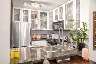 Photo 5: TH15 969 RICHARDS Street in Vancouver: Downtown VW Townhouse  (Vancouver West)  : MLS®# R2002772