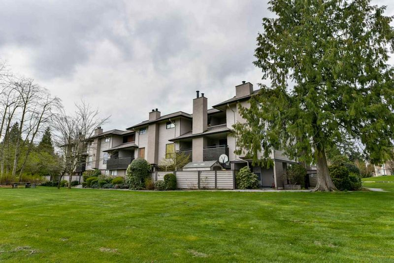 FEATURED LISTING: 10578 HOLLY PARK Lane Surrey