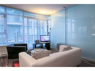 """Photo 3: 611 251 E 7TH Avenue in Vancouver: Mount Pleasant VE Condo for sale in """"DISTRICT"""" (Vancouver East)  : MLS®# V1051124"""