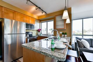 "Photo 4: 201 702 E KING EDWARD Avenue in Vancouver: Fraser VE Condo for sale in ""Magnolia"" (Vancouver East)  : MLS®# R2140513"